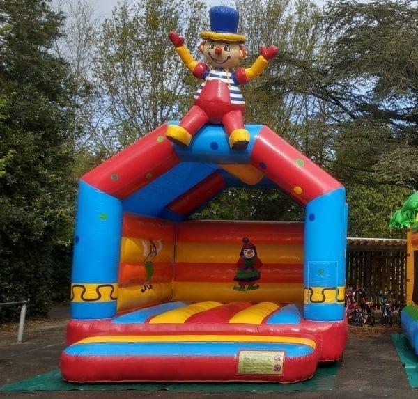 Springkussen 'zittende clown'